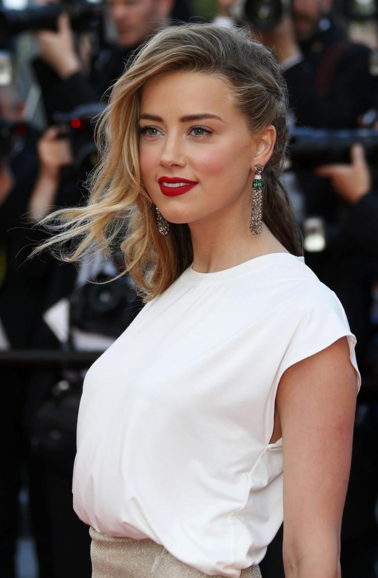 Amber Heard Leaked Nudes amber heard's alleged nude photos leak along with personal