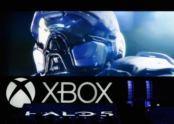 Halo 5 Guardians And Halo Nightfall Get New Info And A First