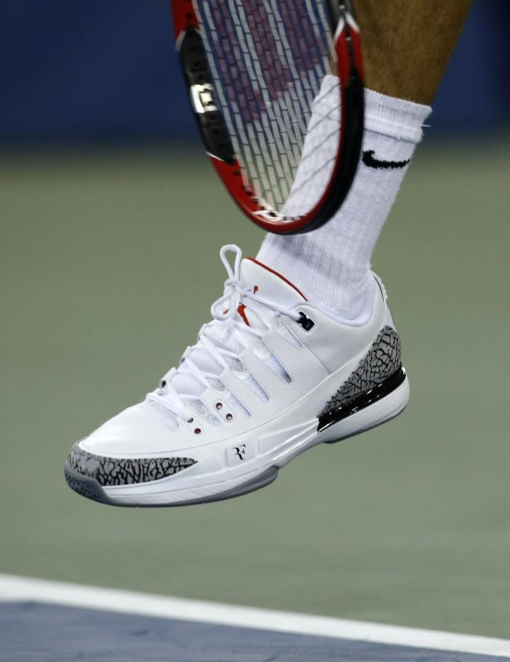 al revés Exquisito experiencia  Roger Federer and Michael Jordan Collaborate To Create Sneaker History For  the US Open 2014