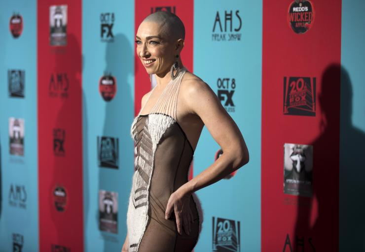 "Cast member Naomi Grossman poses at the premiere of ""American Horror Story: Freak Show"" in Hollywood, California October 5, 2014"