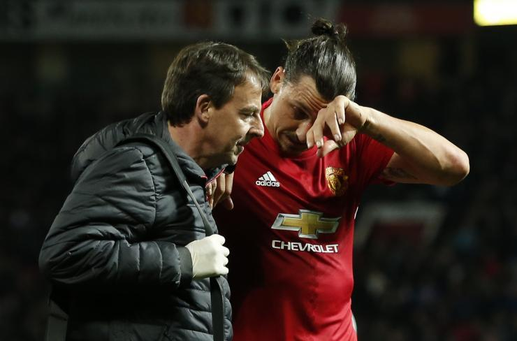 Zlatan Ibrahimovic Injury Update Manchester United Star Out Until January