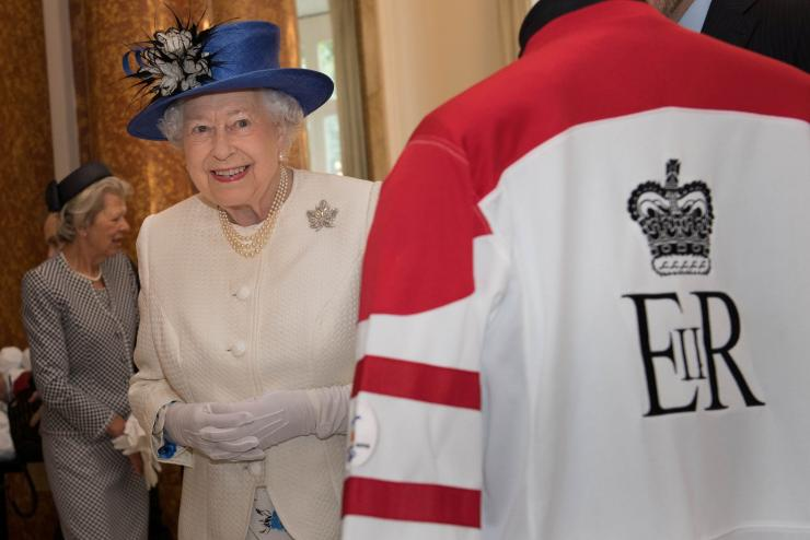 Britain's Queen Elizabeth smiles during a visit to Canada House to celebrate Canada's 150th anniversary of Confederation, in central London, Britain July 19, 2017.
