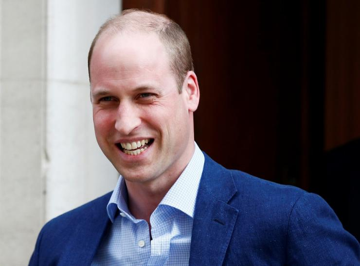 Britain's Prince William leaves the Lindo Wing of St Mary's Hospital after his wife Catherine, the Duchess of Cambridge, gave birth to a son, in London, April 23, 2018.