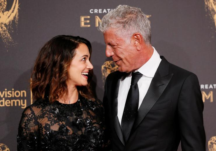 Chef Anthony Bourdain (R) and actor Asia Argento (L)