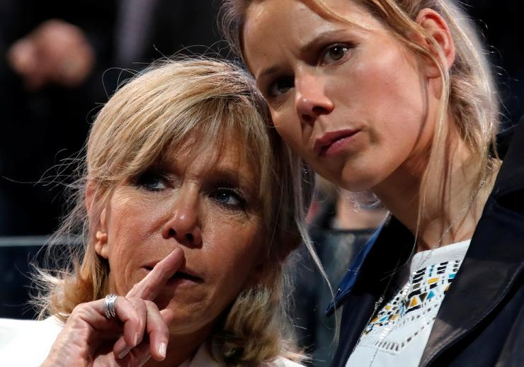 Brigitte Trogneux (L), wife of Emmanuel Macron, and her daughter Tiphaine