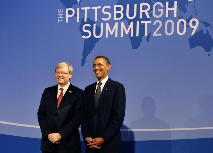 U.S. President Barack Obama (R) stands for a picture with Australian Prime Minister Kevin Rudd (L)