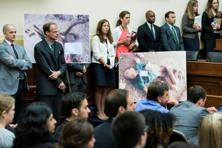 """The Syrian Army police photographer defector known as """"Caesar"""" briefs the US House Foreign Affairs Committee on the torture and killing of anti-regime activists in 2014"""