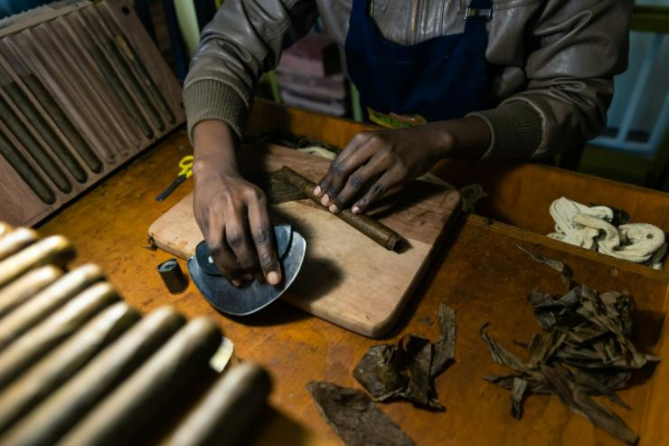 Only women roll Mosi Oa Tunya cigars, a decision aimed at empowering them and providing them with an income