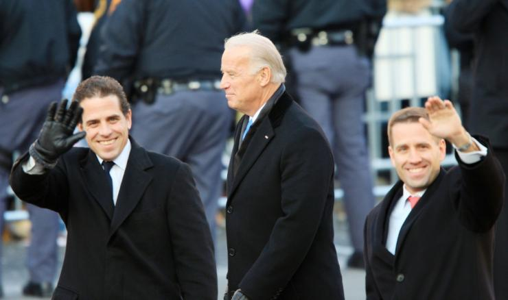 Then vice-president Joe Biden and sons Hunter Biden (L) and Beau Biden after Barack Obama's 2009 inauguration