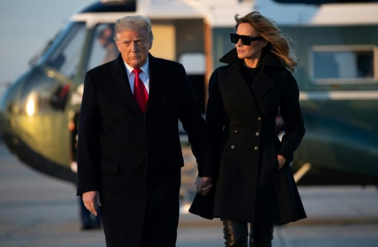 Donald Trump and his wife Melania left Washington to spend Christmas in Florida, after his shock rejection of a massive coronavirus relief package passed by Congress