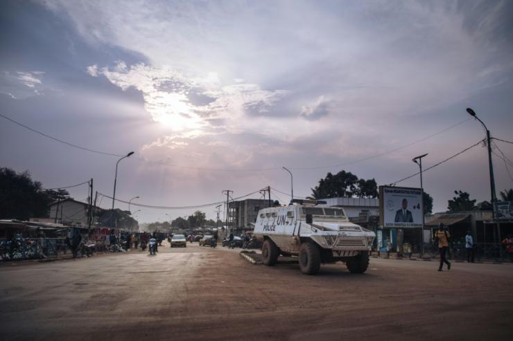 Rebel groups have said they will continue their march on Central African Republic's capital Bangui after calling off a ceasefire