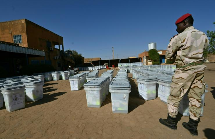The army has been massively deployed for the vote