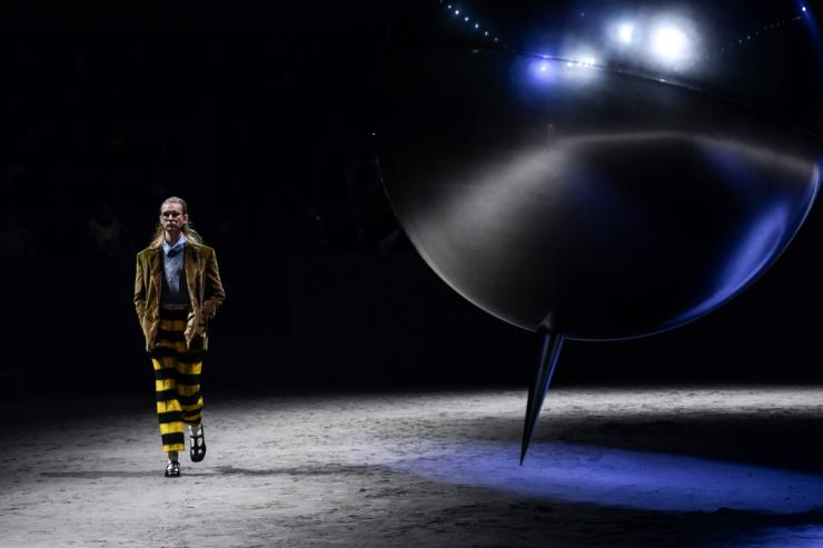 The four-day men's fashion event will not be like last year-Gucci's show 2020 is depicted here-Infection is on the rise in Italy